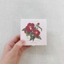 """イニスフリーの""""椿コレクション""""を全色レビュー。見た目も発色もアンダー3000円とは思えない美しさでした"""