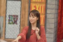 鷲見玲奈、NiziU愛でシングル40枚予約「親目線でハマる」 週5でカップ焼きそば生活も発覚