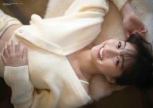 NMB48山本彩加、スレンダーボディ&美脚たっぷり披露 『BUBKA』増刊で表紙に登場