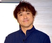 ムロツヨシ、伝説の「サスペンダー王子」を生披露 『あさイチ』卒業の近江アナも大爆笑