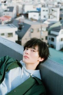 """注目イケメン・Kaitoの""""美しすぎる流し目"""" ナチュラル&クールな撮り下ろし"""