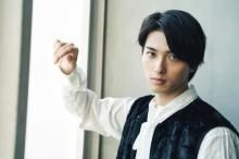 横浜流星、料理練習風景公開「もう完全にシェフですね」「髪型も素敵」