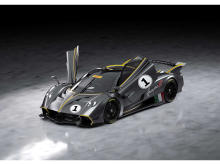 最高水準のパフォーマンスを発揮!パガーニの最新モデル「Huayra R」登場