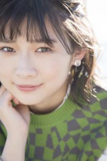 伊藤沙莉、初のフォト&エッセイ集発売 生い立ち・家族・女優第2章をつづる