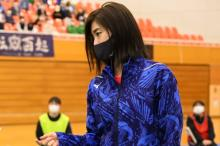平手友梨奈、バドミントンの強豪選手を熱演 リオ五輪代表・栗原文音が熱血指導