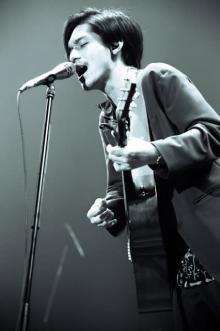 錦戸亮、新アルバム引っさげ全国ホールツアー開幕「もっともっと完璧な僕を観ていただけるように」