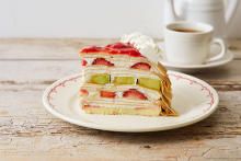 贅沢な自家製ミルクレープ、どれにする?「Afternoon Tea LOVE&TABLE」に注目です