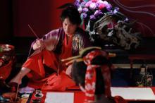 玉木宏、色気たっぷり妖艶な和装姿を公開 映画『HOKUSAI』で喜多川歌麿役