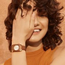 FURLAの新作腕時計が今の気分にしっくりハマりそう。スクエア型×レザーの大人っぽい腕時計に一目惚れ