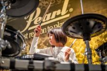 11歳のドラマー・YOYOKA、吉本興業とマネジメント契約 ロバート・プラントら世界のレジェンドが称賛