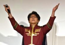 及川光博、『逆シャア』シャア衣装に感激「父ジオンの元に召されるであろう」