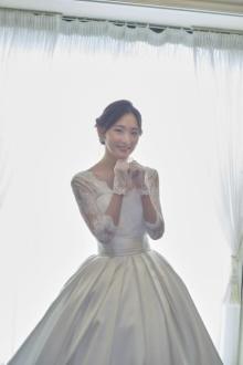 生駒里奈のウエディングドレス姿に「尊い」「透明感半端ない」 オフショットが解禁