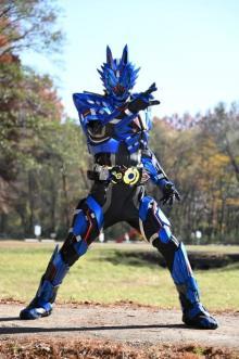 仮面ライダーバルカン新フォーム ローンウルフが公開 不破諫がゼロワンドライバーを手に
