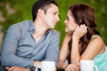 当てはまれば超脈あり♡男性が「好きな女性の前でする行動」チェックリスト