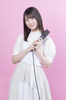 日向坂46小坂菜緒、初のソロラジオに密着&インタビュー 自由な空間に充実感「なんでもやっちゃえ!」