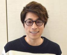 田村淳、娘たちとピクニック 親子3ショット公開「幸せそう」「ステキなパパ!」