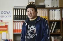 佐藤二朗、祝・バースデー記念 『ザ・ファブル』でちょっとだけアクション