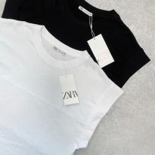 【ZARA】やっぱり万能なベーシックTが好き。本当に使えると話題の「リブ編みTシャツ」が再入荷中です