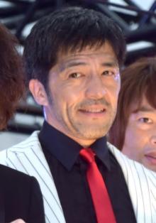 """谷中敦『大豆田とわ子』で""""社長""""好演 松たか子と2ショット写真公開"""