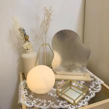【スリコ】問い合わせ多数の大人気「ムーンライト」が再入荷!たったの330円でお部屋が癒し空間に早変わり