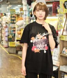 元欅坂46佐藤詩織、ヴィレヴァンとのコラボアイテム発売 下北沢をテーマにデザイン