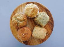 カラダにも地球にもやさしい焼菓子が勢ぞろい。大阪にOPENしたヴィーガンカフェ「Anetos」が気になります