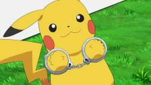 ピカチュウ逮捕、電気泥棒の疑い 笑顔で手錠&取り調べにファン爆笑「かわいい!」