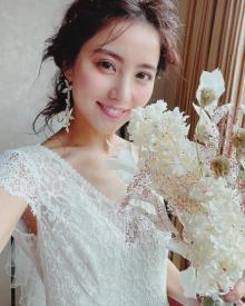 """石川恋、久しぶりの""""ウエディングドレス""""に絶賛の声「美しすぎる花嫁」"""