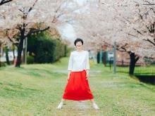 """""""久留米絣""""を100%使用!「旅する赤いスカート」の受注生産を開始"""