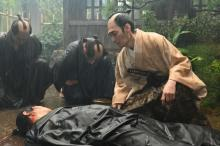 """【青天を衝け】円四郎暗殺、あえて雨を降らせた理由「涙のような""""形""""を見せたくなかった」"""