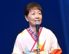 浅田美代子、恩人・樹木希林さんの着物姿で登場 助演女優賞受賞で「うれしいです!」