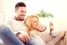 お家デートのとき、男性が彼女に惚れ直した瞬間4つ