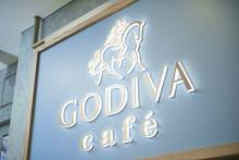国内初「GODIVA café」の夏メニューをチェック。オレンジ×カカオのドリンク、新作スイーツも仲間入り