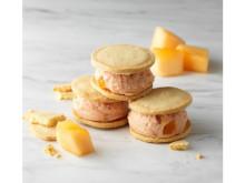 季節限定!メロンフレーバーの「レアチーズサンド」「クリームチーズパフェ」登場