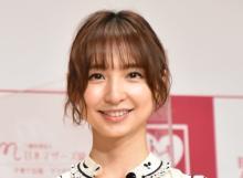 篠田麻里子、長女と親子撮影「可愛いモデルちゃん」「笑ったお口がママそっくり」