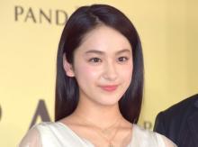 平祐奈、デビュー10周年に感謝 あどけない子供の頃の写真公開「あらあら、可愛すぎ」「写真若い!」
