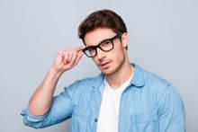 大人しい「草食系」男性は、恋に消極的とは限らない?