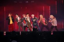 """BTS、8周年記念ファンミで""""ARMY""""にメッセージ「深い夜ほど光はもっと明るく輝く」"""