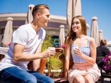 社交辞令がデートにつながる?…デートに誘われやすい女性の特徴