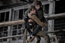 アンジェリーナ・ジョリー主演最新作、9月3日公開 少年を守り戦うサバイバルサスペンス【予告編】