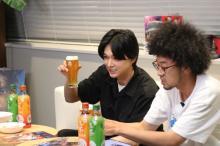 吉沢亮「快なりー!」デビュー12周年を祝して乾杯 役作りの6キロ増告白やお蔵入りシーン再現も