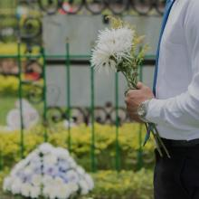 俳優・船戸順さん死去 82歳 妻の岩井友見と『キャベジンコーワ』CM出演