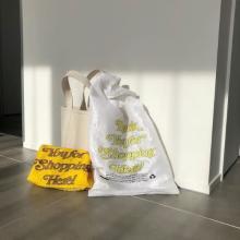 """「エコバッグ=買い物袋」という概念はもう終わり。ファッションの一部に取り入れたい""""Open Editions""""が人気"""