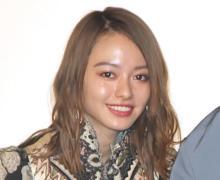 山本舞香、胸元チラリな黒キャミ姿 ファン歓喜「美しさレベチです」