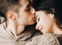 恋は突然に!男性が女友達を「異性」と感じるきっかけって?