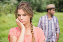 気になる男性と「友達止まり」になってしまう原因って?