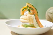 """""""北海道産・夕張メロン""""と""""あまおう""""を堪能して。FLIPPER'Sの2種の限定パンケーキが贅沢すぎるんです"""