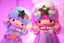 """東京タワーが""""キキ&ララ""""色に点灯 一夜限定で鮮やかなピンクと水色に"""