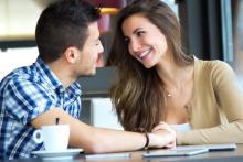モテる女性はやっている!男性を惹きつける会話のテクニック4選