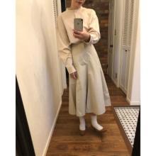 """「ユニクロユー」の高見えスカートは要チェック。きれいすぎる""""美シルエット""""はゲットしないと後悔しそうです"""